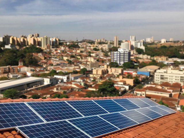 Energia solar residencial: como funciona?