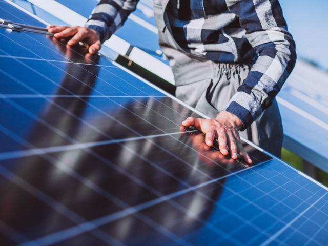 Descubra quais são os mitos e verdades sobre a energia solar